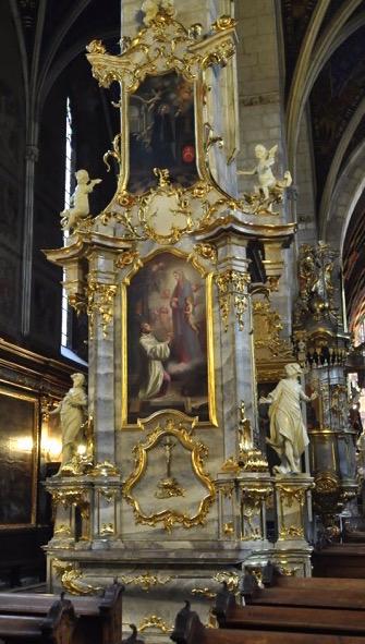 15. Rokokowy ołtarz boczny, p.w. Błogosławionego Wincentego Kadłubka, 1722-24 r.