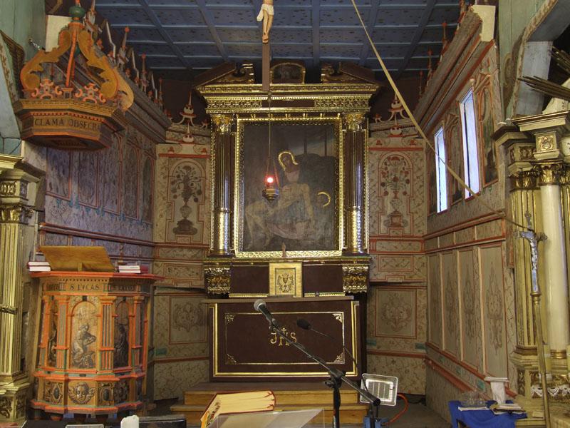 17. Renesansowe boazerie w prezbiterium kościoła, XVII w.