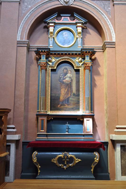34. Manierystyczny ołtarz boczny p.w. św. Józefa, z obrazem olejnym na płótnie z kaplicy